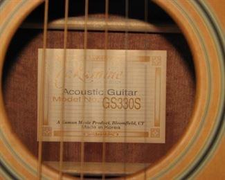 Acoustic guitar model GS330S