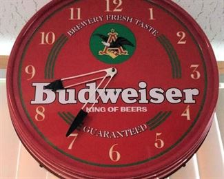 HMT014 Budweiser Hanging Bar Clock w/ Light