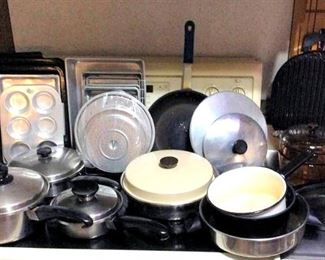 HMT048 Various Pots and Pans