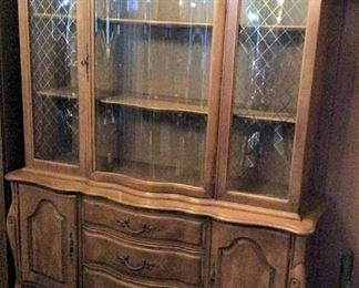 HMT053 Beautiful Wooden Hutch