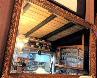 HMT057 Beautiful Wall Mirror