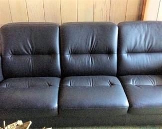HMT076 Reclining Leather Sofa