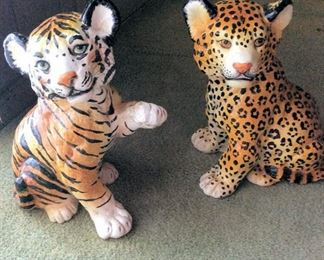 HMT080 Tiger & Cheetah Figurines