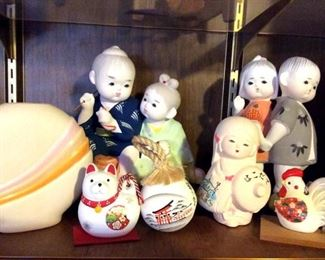 HMT086 Ceramic Figurines & More