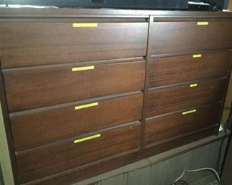 HMT162 Eight Drawer Dresser & Office Supplies