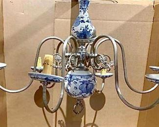 Delft Style Chandelier https://ctbids.com/#!/description/share/257278