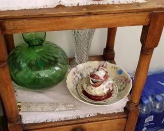 old oak side table, vintage salt and pepper shakers