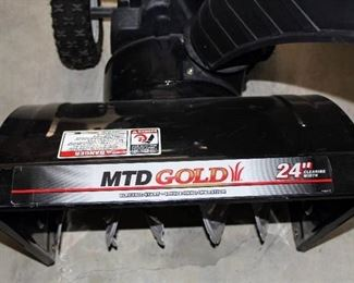 "MTD GOLD 24"" TWO STAGE 208CC SNOW BLOWER"