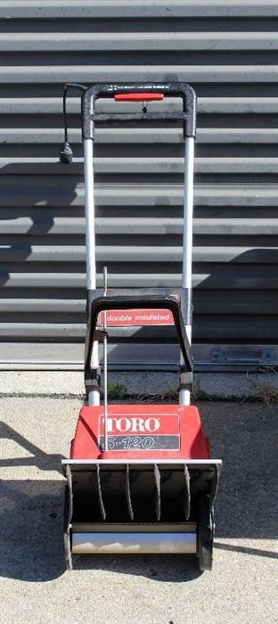 TORO S-120 Electric Double Insulated Snow Blower with Key