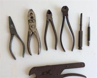 Antique hand tools https://ctbids.com/#!/description/share/254248