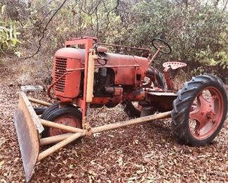 1942  Case tractor