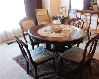 Antique dining table without leaves