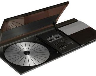 VINTAGE MID 1980'S BANG & OLUFSEN BEOCENTER 2200 TURNTABLE, RADIO, CASSETTE PLAY