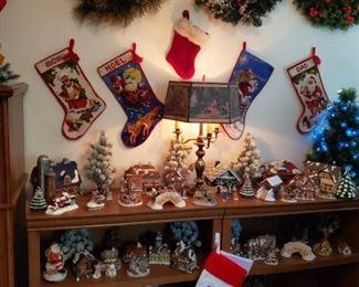 WHOLE ROOM FULL OF CHRISTMAS DECOR