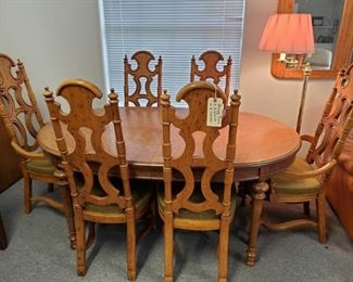 DREXEL DINING TABLE + 6 CHAIRS
