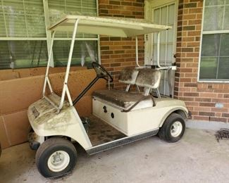 """1986 """"as is"""" DS ELECTRIC CLUB CAR GOLF CART....$900 or BEST OFFER"""