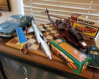 SOME OF THE VINTAGE TOYS