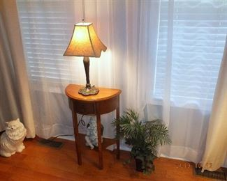 Small table, lamp, decor