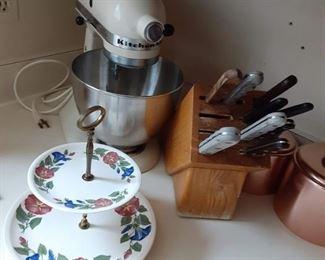 KitchenAid Mixmaster mixer and knife set