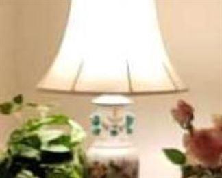 0017 Main Building Living Room Lamp ginger jar profile