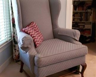 0231 Main Building Bedroom Master Wing chair profile