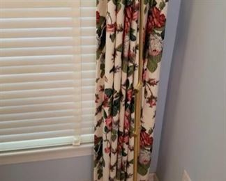 0237 Main Building Bedroom Master Floor lamp profile