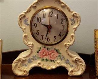 0243 Main Building Bedroom Master Clock profile