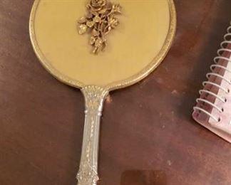 0261 Main Building Bedroom Master Hand mirror profile