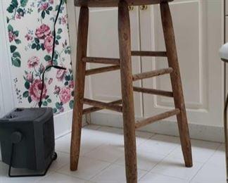 0356 Main Building Bathroom Master wooden stool profile