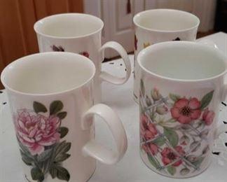 0985 Main Building Kitchen Coffee Mugs profile
