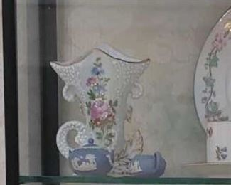 1432 Main Building Dining Room Vase profile