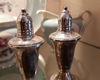 1534 Main Building Dining Room Salt and Pepper Shakers profile
