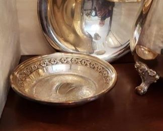 1552 Main Building Dining Room Small Bowl profile