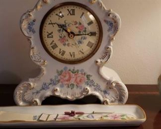 1862 Main Building Bedroom Upstairs Clock profile