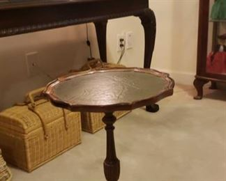 2076 Main Building Sitting Room Leather topped table profile