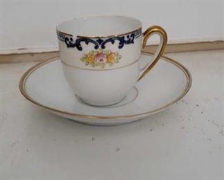 2267 Main Building Sitting Rm Closet Tea Cup profile