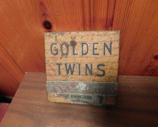 Lorillard Golden Twins Climax Tobacco Tin