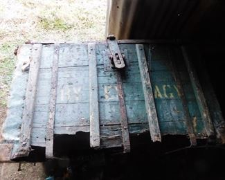 Original Early Railway Express Shipping Crate/Trunk