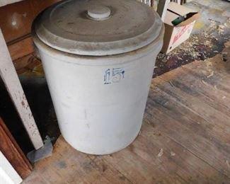 15 Gallon Stoneware Crock