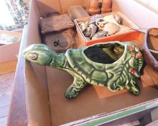 McCoy Turtle Planter