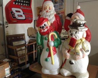 Retro Christmas decor