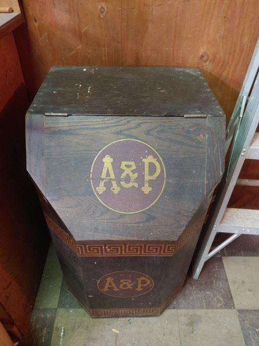 Vintage A&P Wooden Coffee Bin   NICE!
