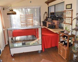 Back Room/Jewelry Area