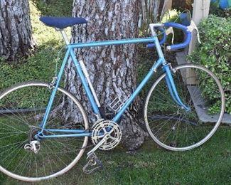 Vintage SR Semi Pro Racing Bike