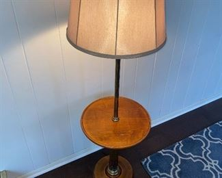 VINTAGE FLOOR TABLE LAMP
