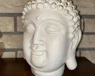 LARGE BUDDHA HEAD SCULPTURE