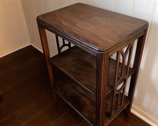 2 - TIER END TABLE
