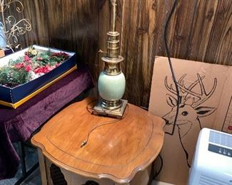 VINTAGE TORCHIERE TABLE LAMP