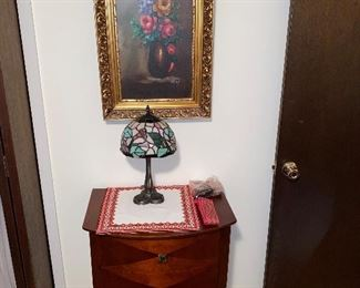 VINTAGE FRAMED ART / LAMP / SIDE CABINET