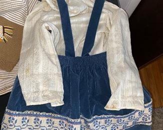 VINTAGE KIDS CLOTHING